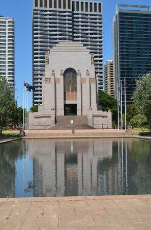 Anzac War Memorial (1)