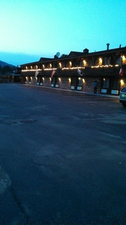 Best Western of Lake George: Exterior of hotel
