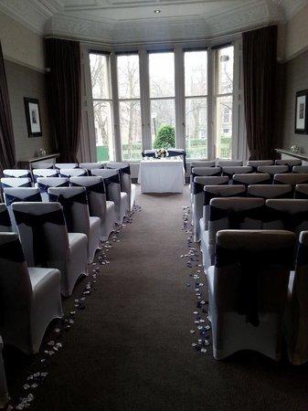 Hotel du Vin at One Devonshire Gardens : Wedding ceremony set up at hotel du vin