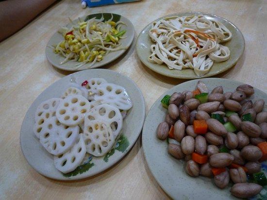 Shanxi Noodle: 小皿料理の楽しみに一つ