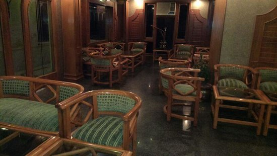 Hotel India Varanasi: Roof top restaurant