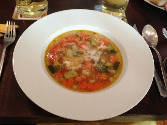 Restaurant Del Sole: Minestrone with Parmesan