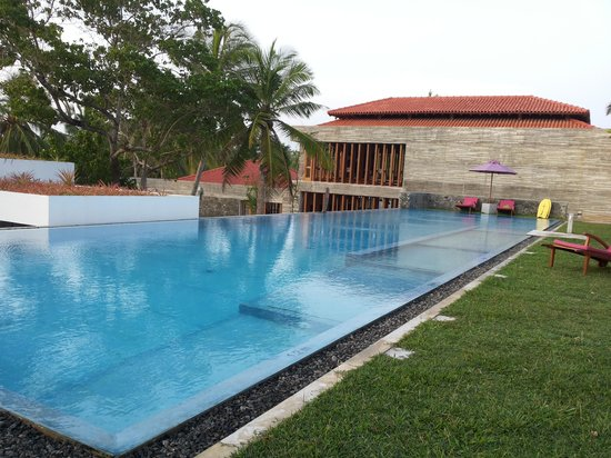 UTMT Underneath the Mango Tree: der 25m Pool
