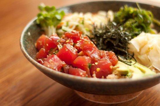 Pacific Catch: poke rice bowl