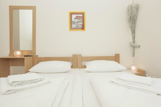 Guest house Markale: 2-bedroom , en-suite