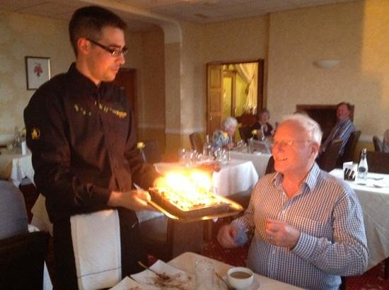 Merrion Hotel: husbands surprise birthday cake...