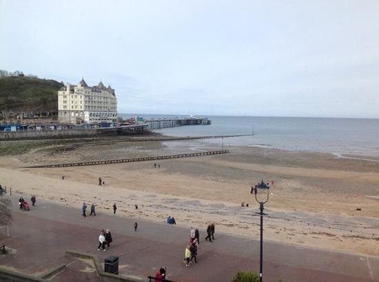 Merrion Hotel: seaview from top floor