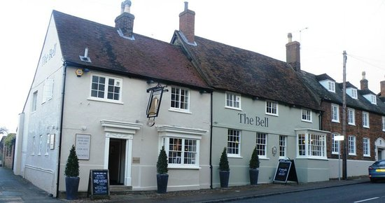 The Bell Hotel & Inn: The pub/bar/restaurant side of The Bell