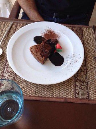 Orange Colom - Seaside Apartments: Brownie con crema de chocolate