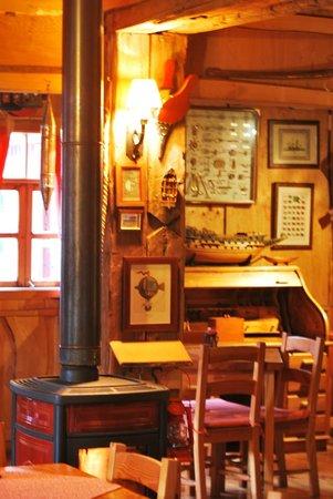 Antigua Casona Patagonia B&B : Vista Interior