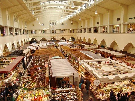 Markthalle: Blick von der Empore
