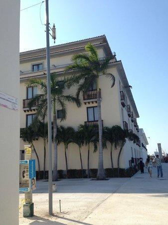 Fiesta Inn Veracruz Malecon: view of hotel