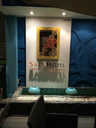 Salil Hotel Sukhumvit - Soi Thonglor 1: 看板