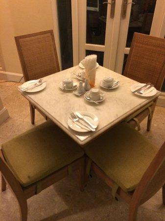 Salil Hotel Sukhumvit - Soi Thonglor 1: 食事