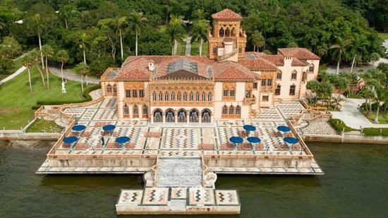 The Ringling: Ca' d' Zan: House of John. On Sarasota Bay, Florida