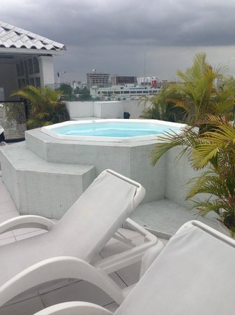 W P Santo Domingo Jacuzzi