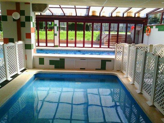 Gran Hotel Benasque: Piscina climatizada