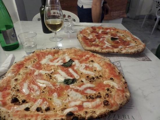 Pizzeria Michele via Martucci: fabulous food