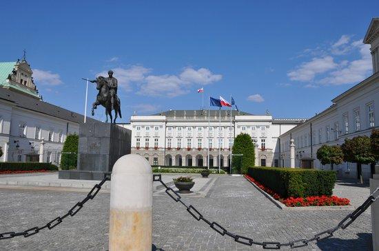 Krakowskie Przedmiescie: Президентский дворец