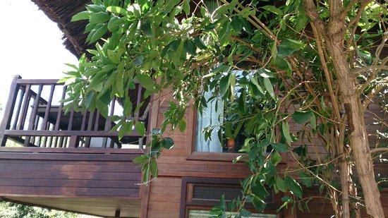 L'Alyana Villas Ninh Van Bay: hill rock villa 29 balcony of bedroom