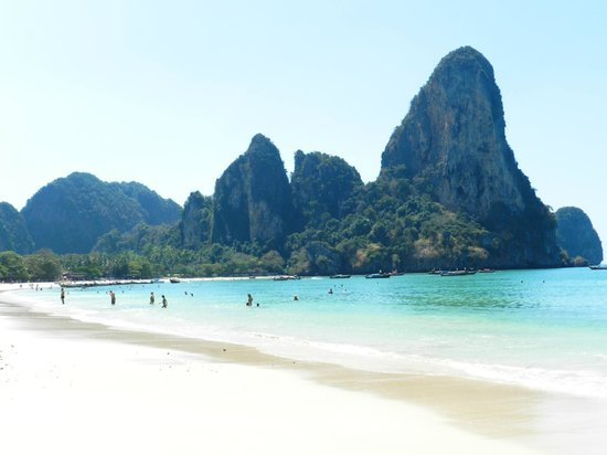 Centara Grand Beach Resort & Villas Krabi : Railay beach