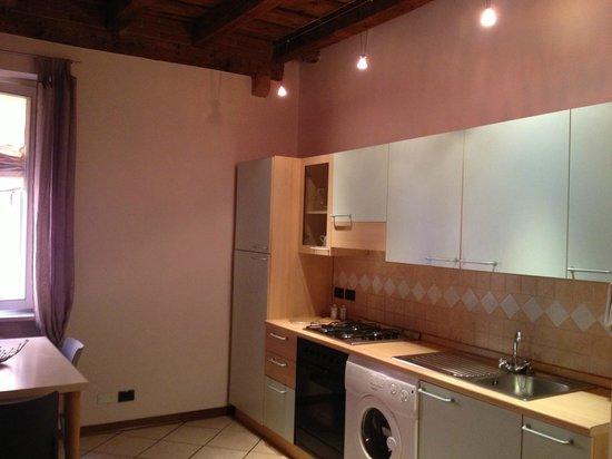 Il Vicolo Residence Aparthotel Verona: Cucina