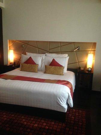 VIE Hotel Bangkok, MGallery by Sofitel: The Bedroom.