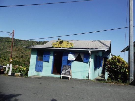 King's Bay Cafe: Roadside Cafe