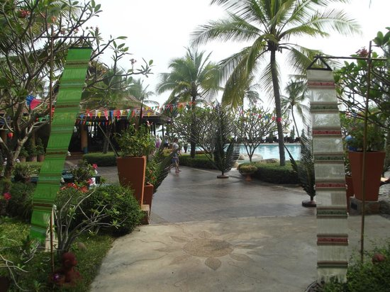 Bo Phut Resort & Spa: Avant d'arriver à la piscine