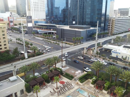 Signature at MGM Grand: view from tower 3 - 9th floor