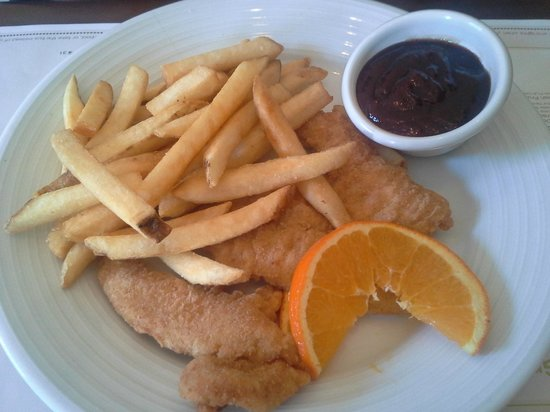President Abraham Lincoln Springfield - a DoubleTree by Hilton Hotel: Chicken Tenders & Fries