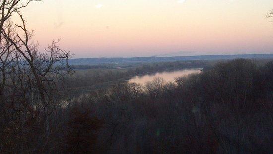 Missouri River Basin Lewis and Clark Interpretive Center: Outdoor Missouri River View
