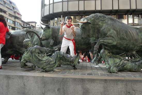 Monumento al Encierro: The Bulls wins always