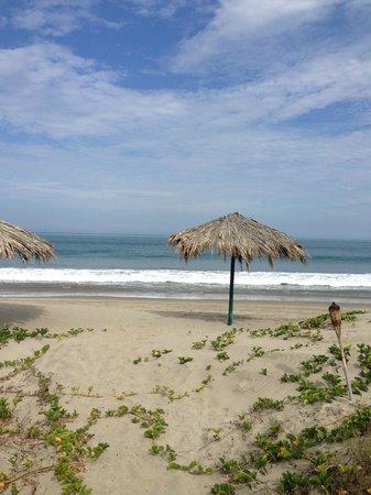 Bora Bora Bungalows: Bora Bora beachfront in Puerto Antiguo - Peru