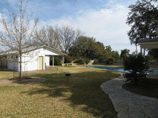 Lyndon B. Johnson National Historical Park : Pool and pool house at the ranch