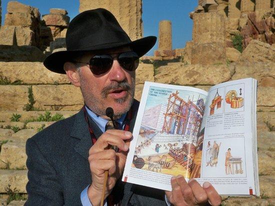 Sicily Tour Guides Agrigento: The Professor