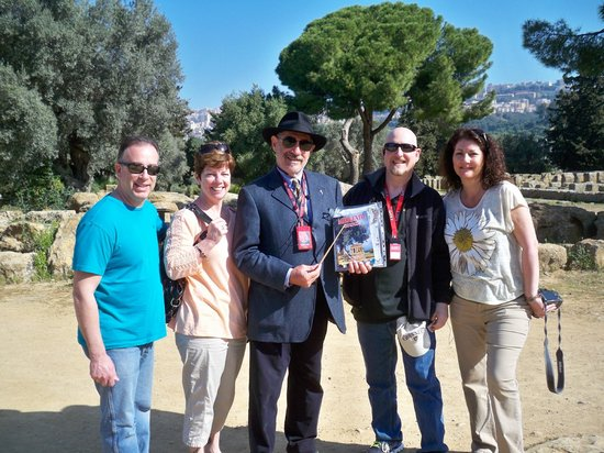 Sicily Tour Guides Agrigento: Group with the Professor