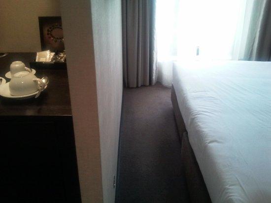 Czar Lisbon Hotel : can you walk around?