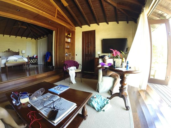 Royal Isabela : our home for the week