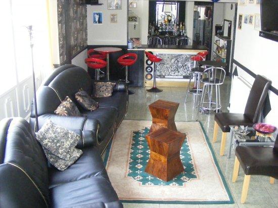 The Mercury: Bar lounge