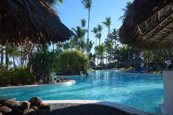 Bavaro Princess All Suites Resort, Spa & Casino: Pool