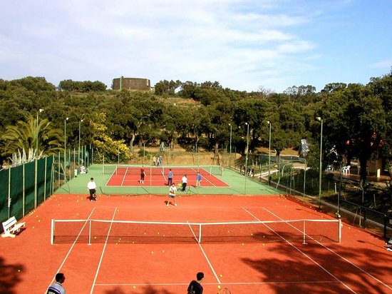 Tennis Club De Collioure