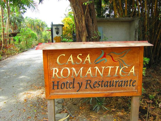 Hotel Casa Romantica: Entrance to Casa Romantica