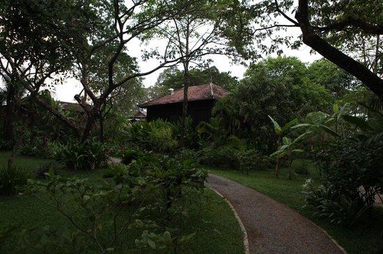 Maison Polanka : khmer house