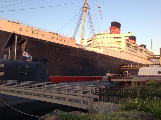 The Queen Mary: Ship & Sub