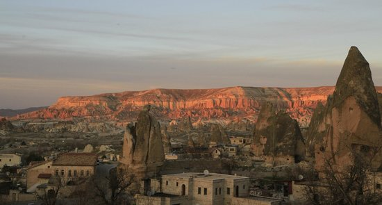 Cappadocia Cave Suites: Sunset view of the Rose valley. Balcony.