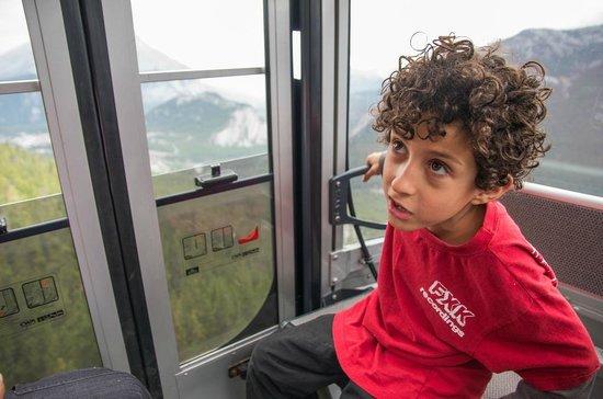 Banff Gondola: Going up