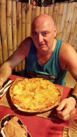 Pizzeria La Caveja : pizza