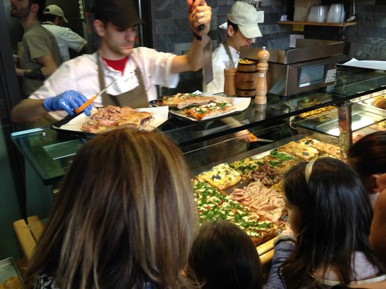 Pizzarium Bonci : Walk up and point at what you want