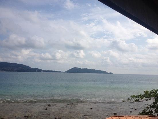 Pan Yaah Thai Restaurant: view from my table